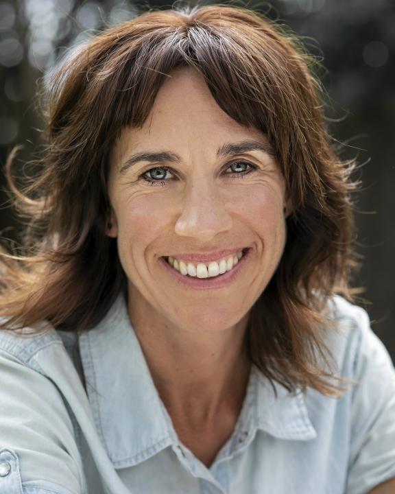 Jackie van Beek