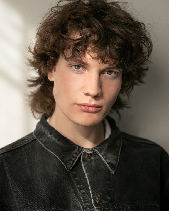 Elliot Lloyd-Bell